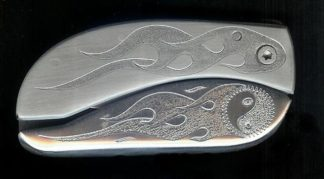 engraved flame with engraved yin and yang belt buckle knife