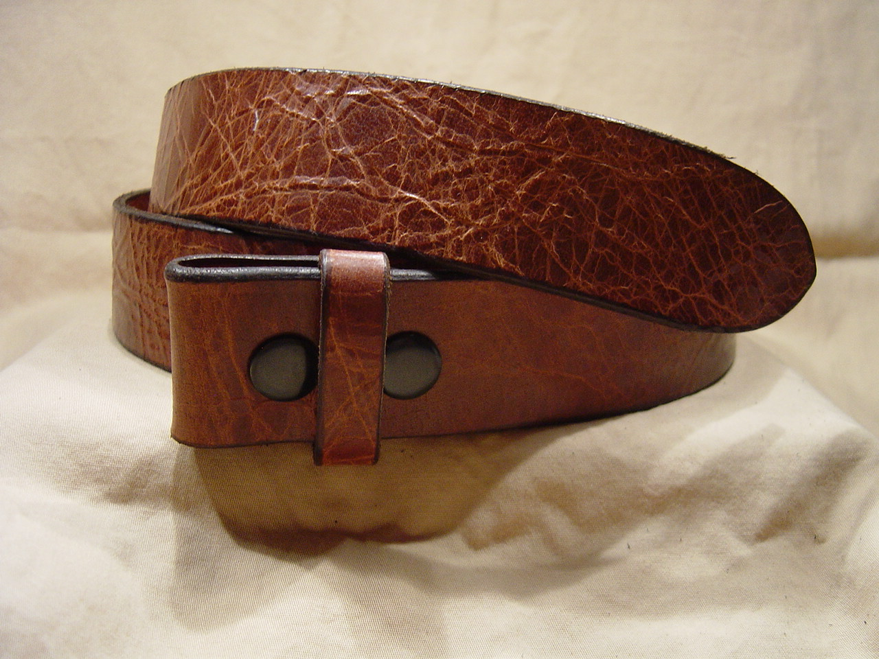 Antique tan leather belt